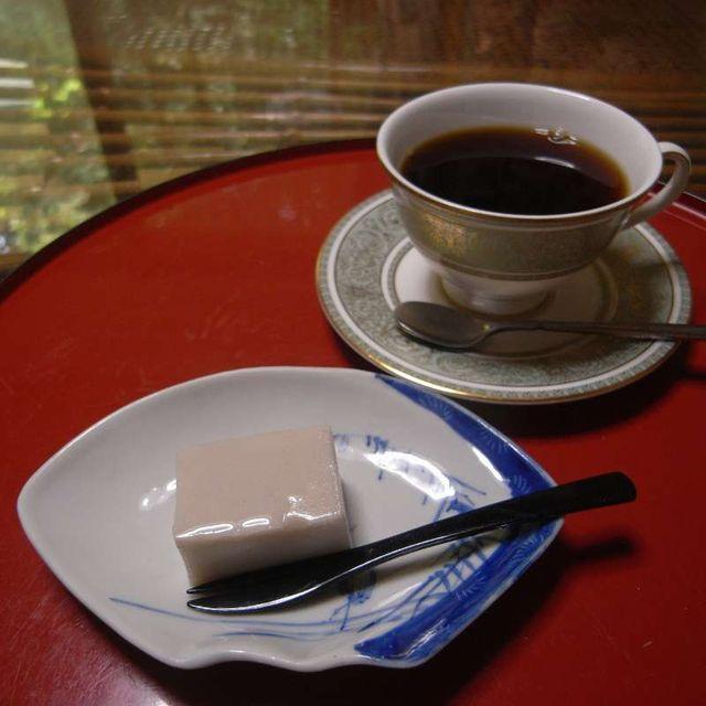 大文字庵おすすめセット 蕎麦羊羹と珈琲